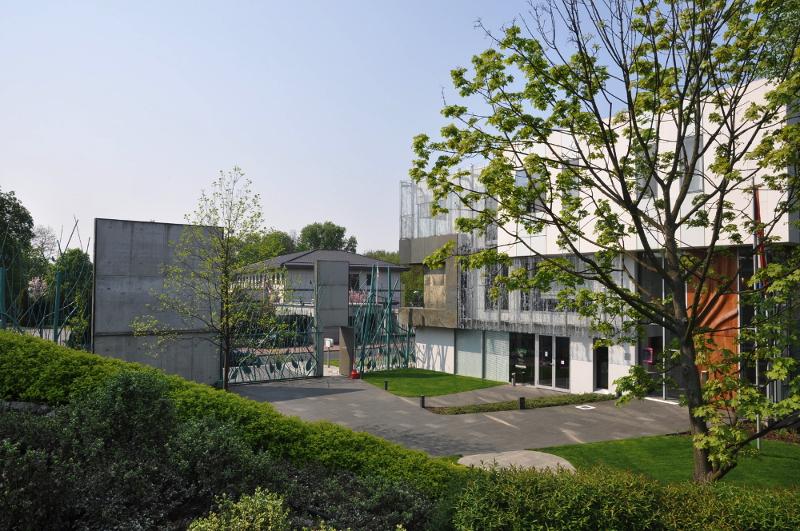 Projekt zieleni na dziedzińcu ambasady oraz na dachu rezydencji ambasady Holandii